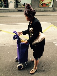 Lady on the street in Zurich – T(h)urban(s)day